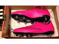 ⚽️Football Boots Collection DE4 may sell as a whole