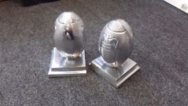 Silver book ends