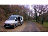 Selling a VOLKSWAGEN LT 35 (1998) MWB Campervan for repair. MOT expired.