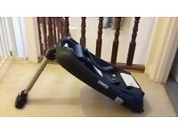 Cosatto Hold 0+ Isofix Base, only used 5 months, good as new