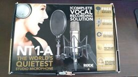 RODE NT1-A studio pack (condenser microphone) + PSA1 Boom Arm