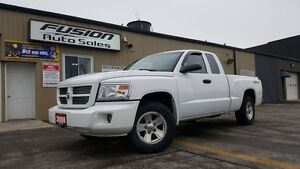 2008 Dodge Dakota SXT--CLUB CAB-LOCAL TRADE