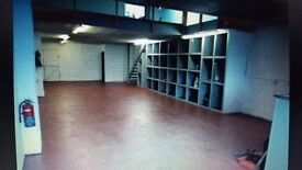 workshop / storage unit to let
