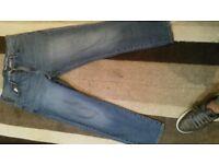 Blue Jeans Gap Slim Stretch Fit Mens 34 Waist and 30 Leg. New