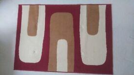 Used Modern Rug Red/Cream (170cm x 120cm)