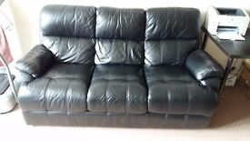 Leather 3 seater sofa in black colour
