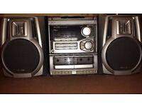 Stereo hifi audio sound system + 2 original speakers + remote control , Aiwa NSX-202 , bargain .