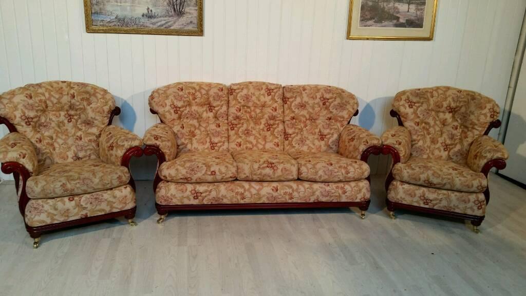 Attractive Cintique Floral Fabric Suite