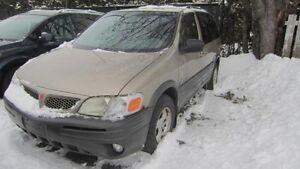 2004 Pontiac Montana 7 passager  financement maison