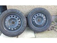Winter tyres Goodyear Ultragrip 8 195/65-R15 (almost new) on Ford steel rims 6Jx15 H2 ET525