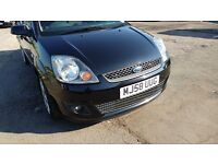 2009 Black Ford Fiesta with full service history and long MOT