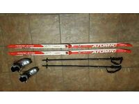 Atomic xc cross country skis 148 poles boots size 1 kids junior