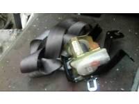 Hyundai santa roof seat belt rear middle