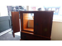 SOLID WOOD TV UNIT WITH 2 OPENING FOLDING DOORS AND DRAWER VIEWING WELCOME