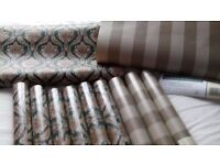 BARGAIN ELEVEN ROLLS GOOD QUILTEY WALLPAPER BROUGHT FOR LIVING ROOM CHANGED MY MIND READY PASTED 25