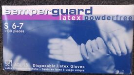 BOX OF 100 SIZE S LATEX GLOVES