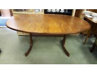 Oval Extending G Plan Dining Table in Very Good condition