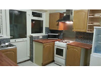 4 bedroom spacious property, 1 rec, 2 bathroms, reciently totaly renovated