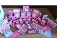 HELLO KITTY TEA PARTY SET- HACHETTE PARTWORKS- FULL SET + EXTRAS (72 ISSUES)- £180 ONO