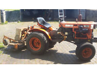 Kubota B1700 HST 4WD Compact Tractor with Wood's RM48 Topper
