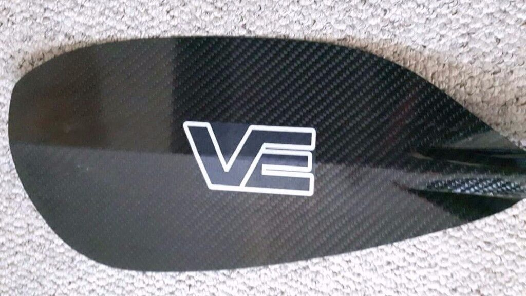 VE White water kayak canoe paddle Aircore Pro Carbon Blades on a Black Glass Shaft RRP £250