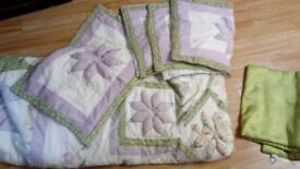 King throw and x4 pillow cases