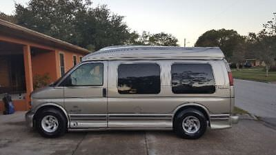 1999 GMC Savana Conversion 1999 Gmc savanna conversion van