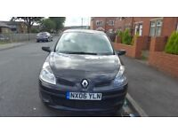 RENAULT CLIO 2006 REGISTERED IN BLACK