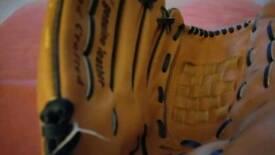 Baseball glove Righthand
