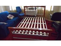 Metal/Wooden Double Bed 4'6'' Frame and Slatted Base