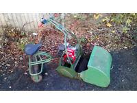 Webb ride on cylinder mower seat grass box self propelled briggs & Stratton 5hp ic engine