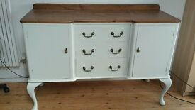 Sideboard Dresser with 2 cupboards and 3 drawers