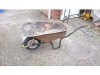 Wheelbarrow 90L