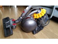 Vacuum Hoover - DYSON DC28 - BRAND NEW NEVER USED for £140
