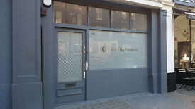 Bright office with shop window in King's Cross - Perfect location
