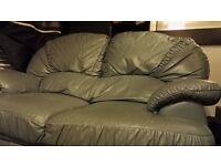 For sale very nice sofa 40£