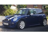 MINI COOPER S 1.6 Petrol looks and runs well well looked after only servced