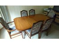 Dining table (extendable) + 6 chairs