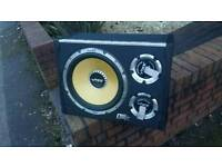 12 inch sub in box with built amp 1600watts