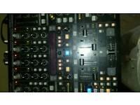 Mixer behringer ddm 4000