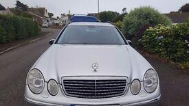 Mercedes E220 CDI 7 seater estate in Silver for sale 144k, 55 plate. MOT November. lovely car.