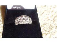 Stunning 9ct White Gold, White Sapphire & Diamond Ring - Size N