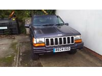 Jeep grand cherokee new mot low milage electric black leather