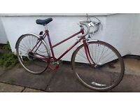 Raleigh Classic Ladies Racing Bike - Ideal Commuter