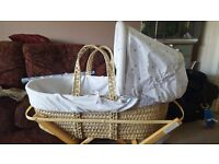 Babies r us moses basket and stand