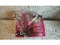 Make up accessory bundle