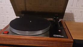 Linn Sondek LP12 Turntable