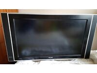"32"" Philips 32PF5531D LCD TV - good working condition"