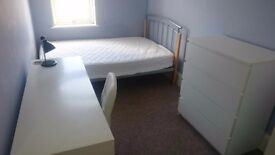 Affordable Double Room. No Deposit. Close To Town Only £76pw Bills Incl.