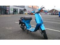 Hipster Honda Harmony Delux Mot 04 19 Rare Moped + 2 Helmets ( swap why )
